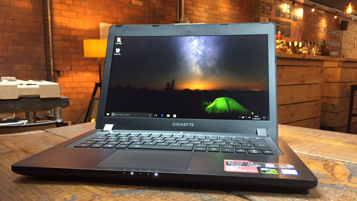 Gigabyte P34G v2 Gaming Laptop with GeForce GTX 860M Discrete Graphics Processor