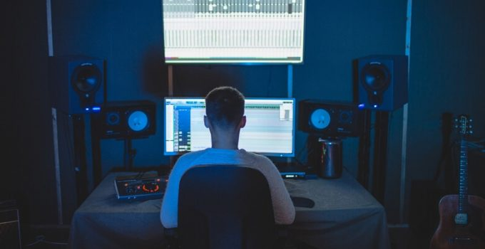 music monitor